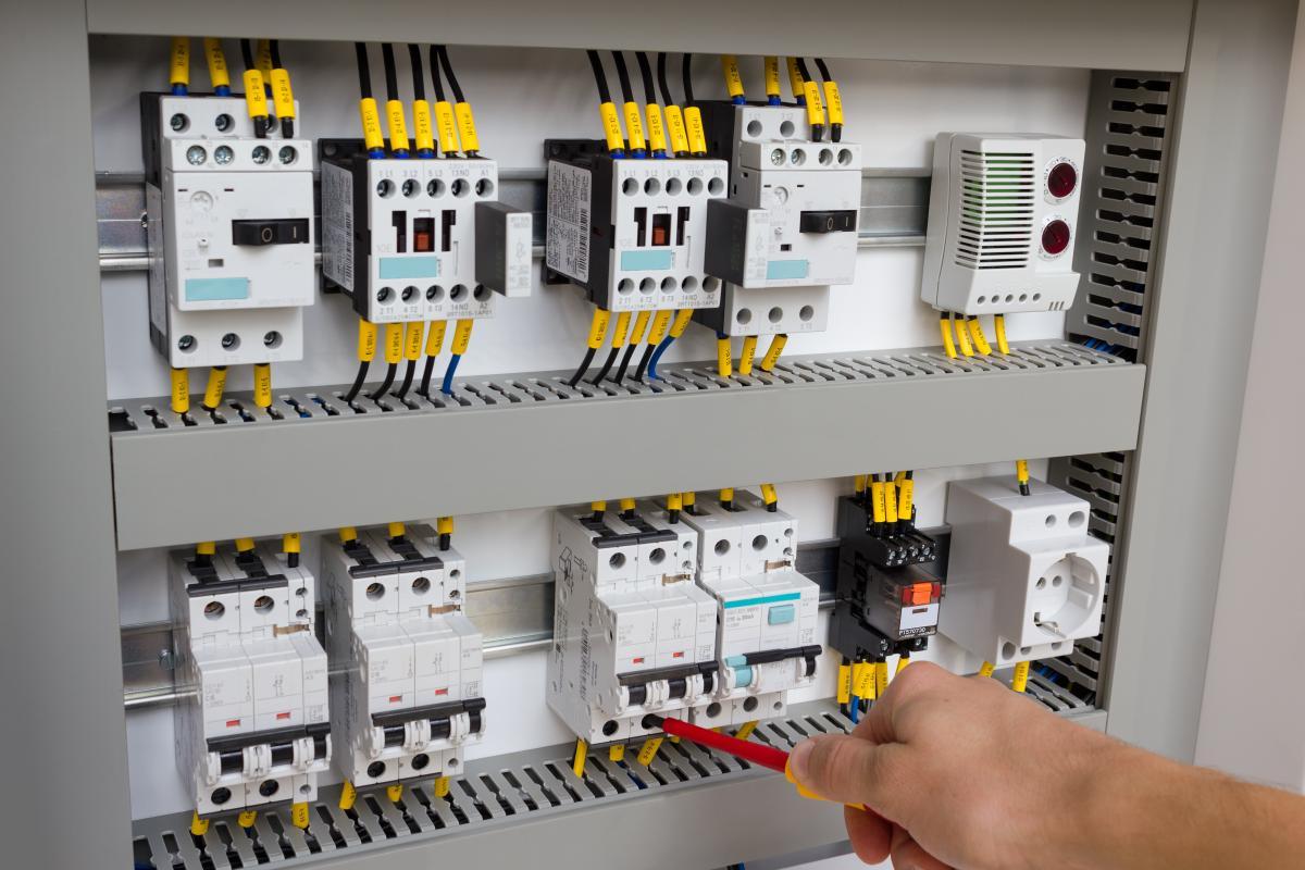 Mrh eletrot cnica servico - Installation d une armoire electrique ...